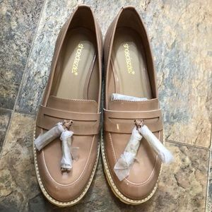 Shoe dazzle boat shoes brand new size 8